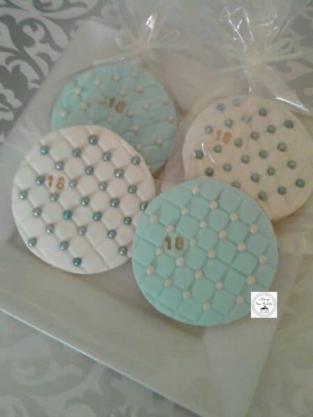 18 Quilted White Turquoise Round Cookies Decorated Cookies
