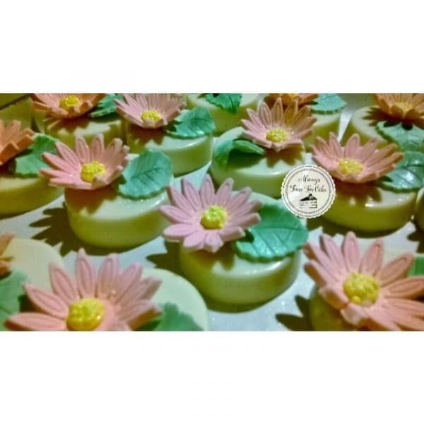 Oreo Disc Cookies Pink Flowers Desserts