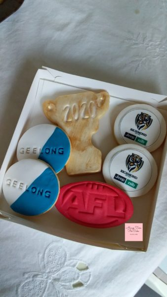 AFL Cookies Geelong Cats Richmond Tigers Trophy Cup